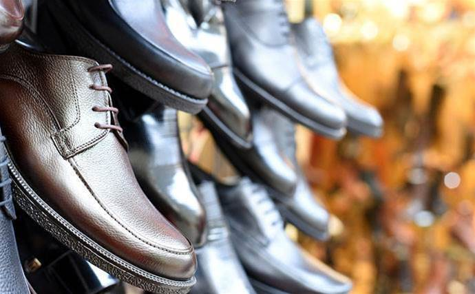 Payless Shoes slugs telco for $50k