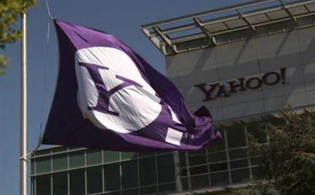 Yahoo to change name as CEO resigns