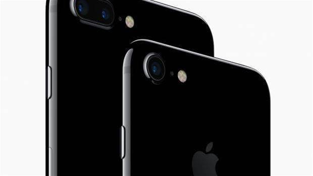 iPhone 8 could feature Touch ID on back of phone