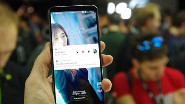 LG G6 review: a 5.7in phone that fits comfortably in your hand