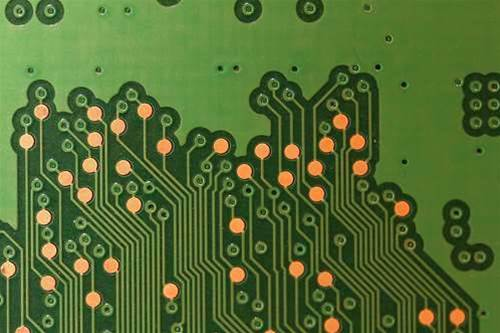 Nanomaterial May Replace Circuits, Allow For On-The-Fly Etchless Rewiring Of Electronics