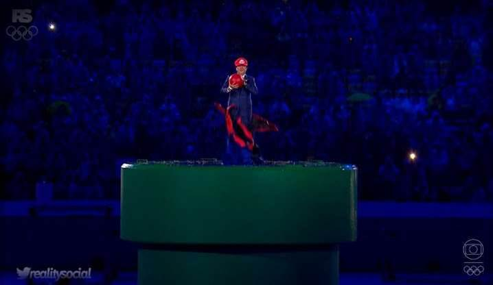 Japan's prime minister just cosplayed as Mario at the Rio Olympics closing ceremony