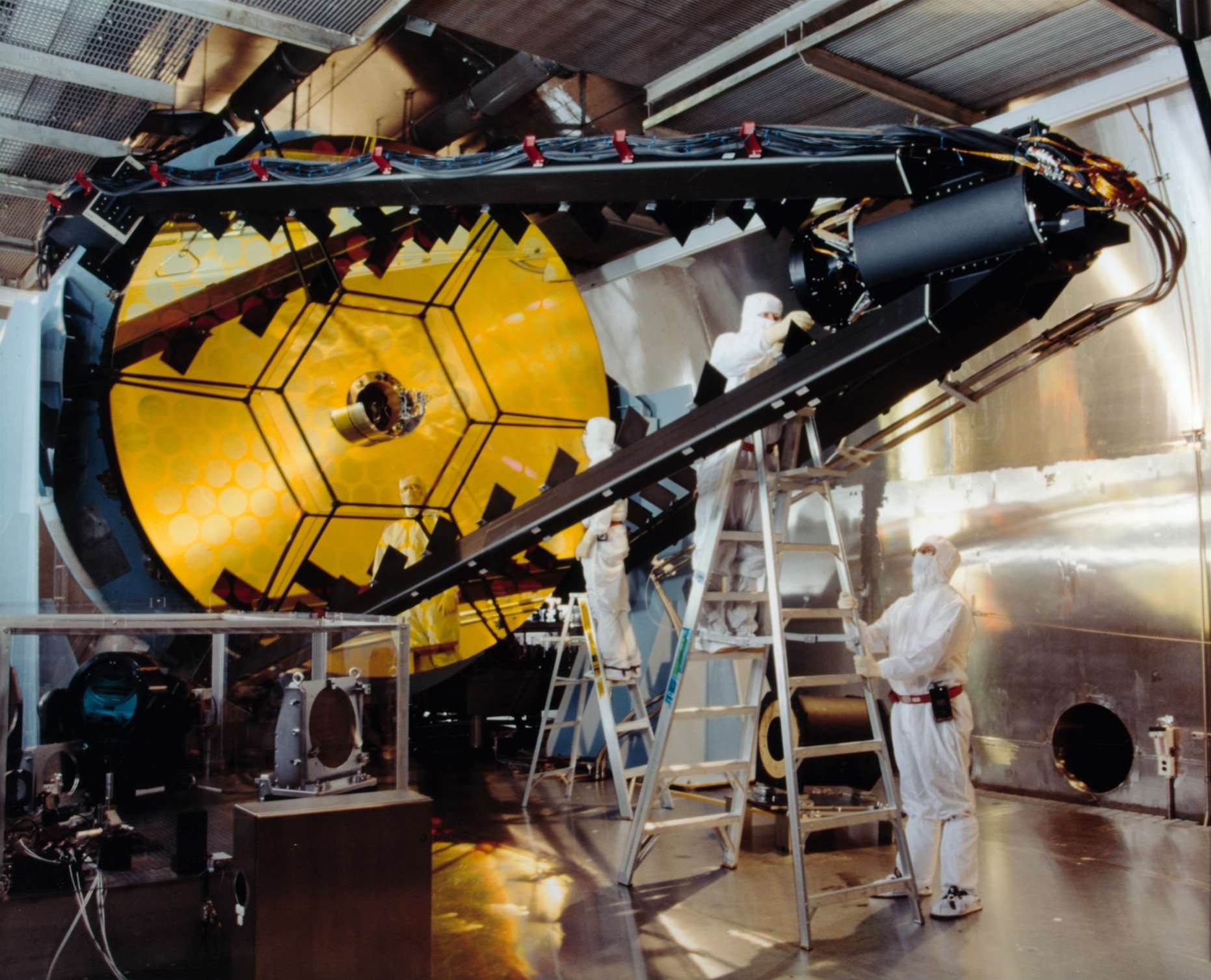 The Army Enlists Lockheed To Build Another Laser