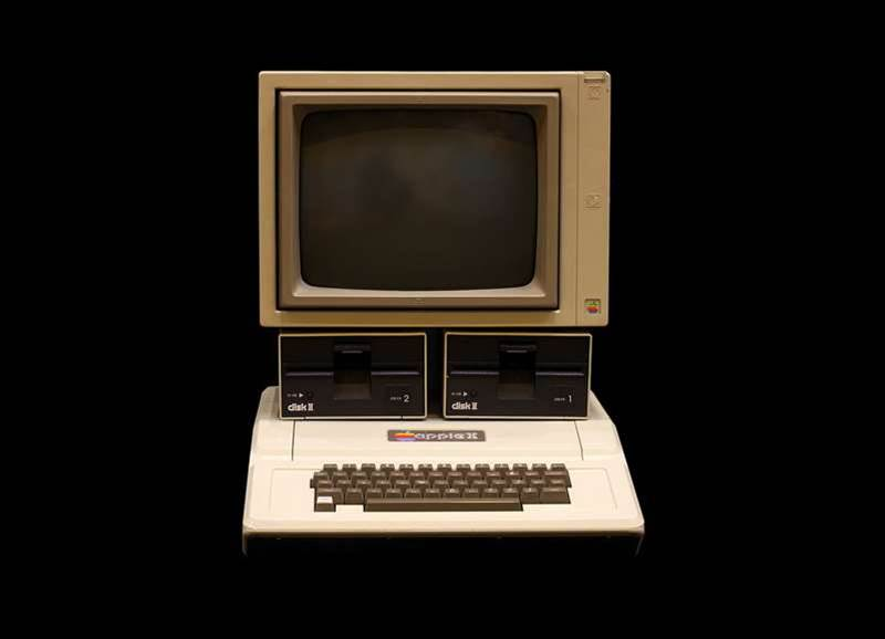 Vintage Tech: Looking back at the Apple II