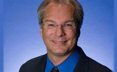 NetApp ousts CEO