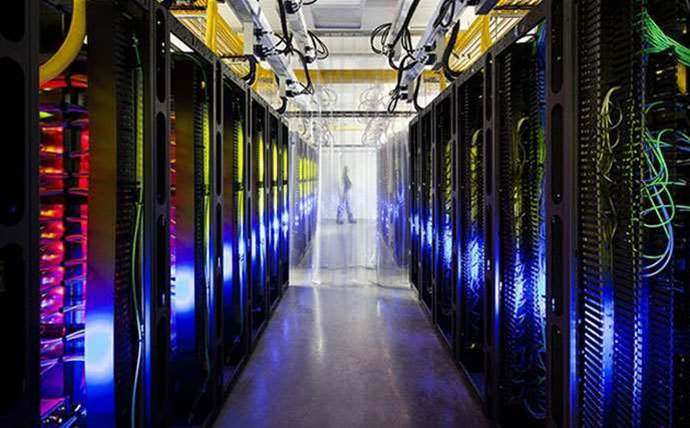 Google will open a dozen new data centres to chase AWS