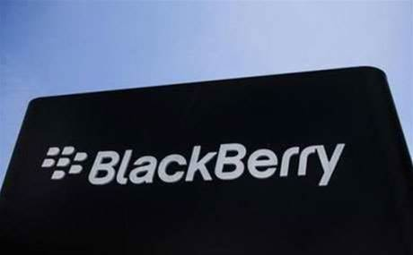 BlackBerry woos keyboard fans with launch of Classic device