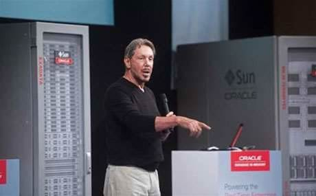 Oracle's Larry Ellison steps down
