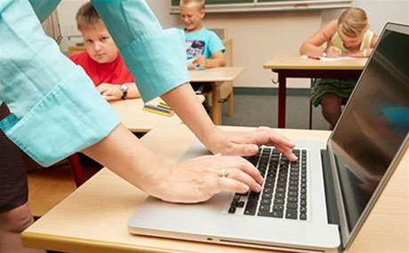 Victorian teachers beat down 'unlawful' laptop leasing scheme