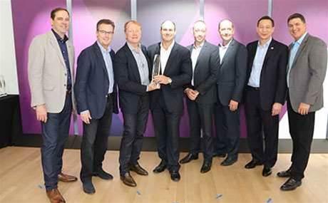 Optus named Cisco's top Australian partner