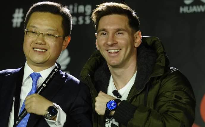 Lionel Messi defects from Samsung to Huawei