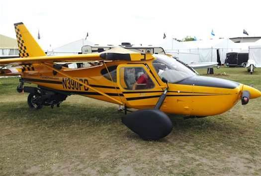 Video: 'Roadable Airplane' Shows Up at Experimental Aircraft Show