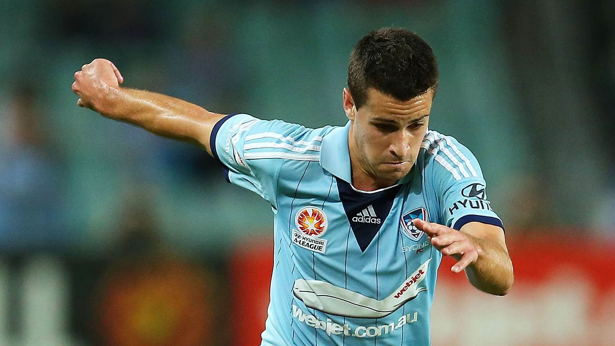 Former Sydney striker goes for Glory