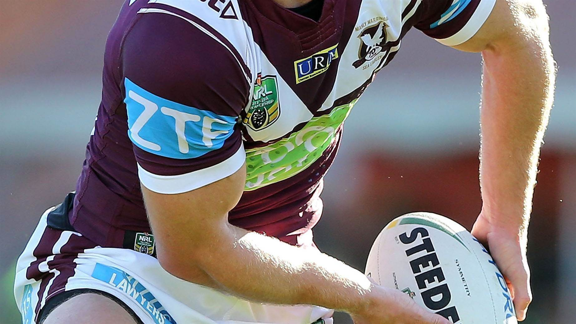 Sea Eagles star breaks hand at training