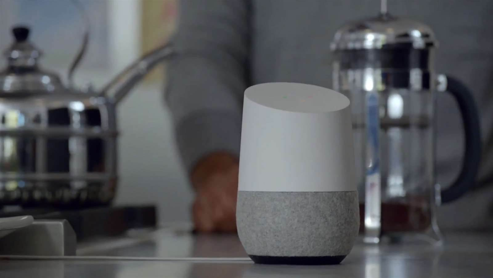 Google Home takes aim at smart home market
