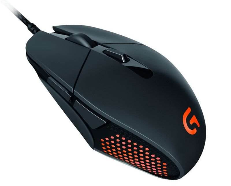 One Minute Review: Logitech's G303 Daedalus Apex takes some time to master
