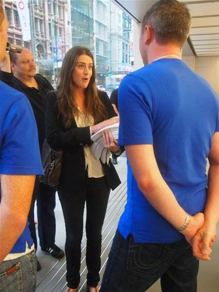 Angry Apple fans storm Sydney store