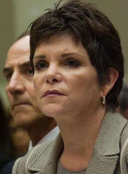 Former HP chairwoman Dunn loses battle with cancer