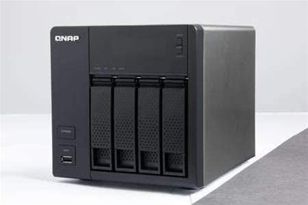 QNAP TurboNAS 419P+: run up to four 3TB hard drives