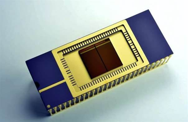 Samsung first with mass produced stacked Flash memory