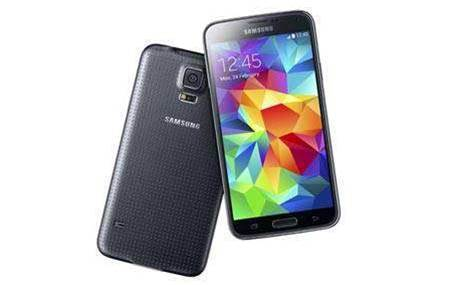 Telcos battle for consumers' Samsung Galaxy S5 dollars