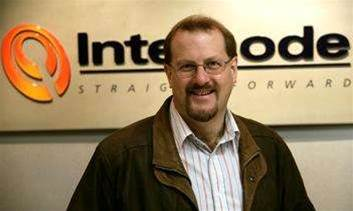 Hackett steps down from Internode