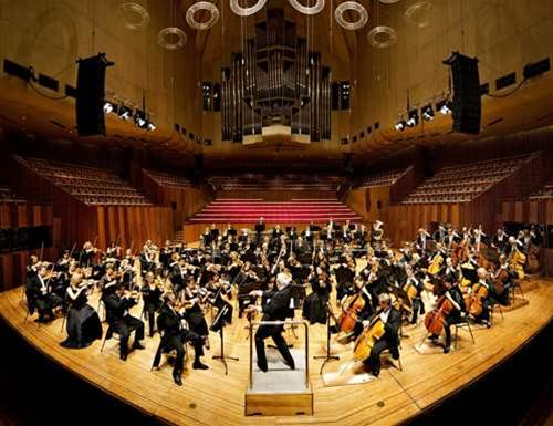Telstra picks apart Symphony architecture