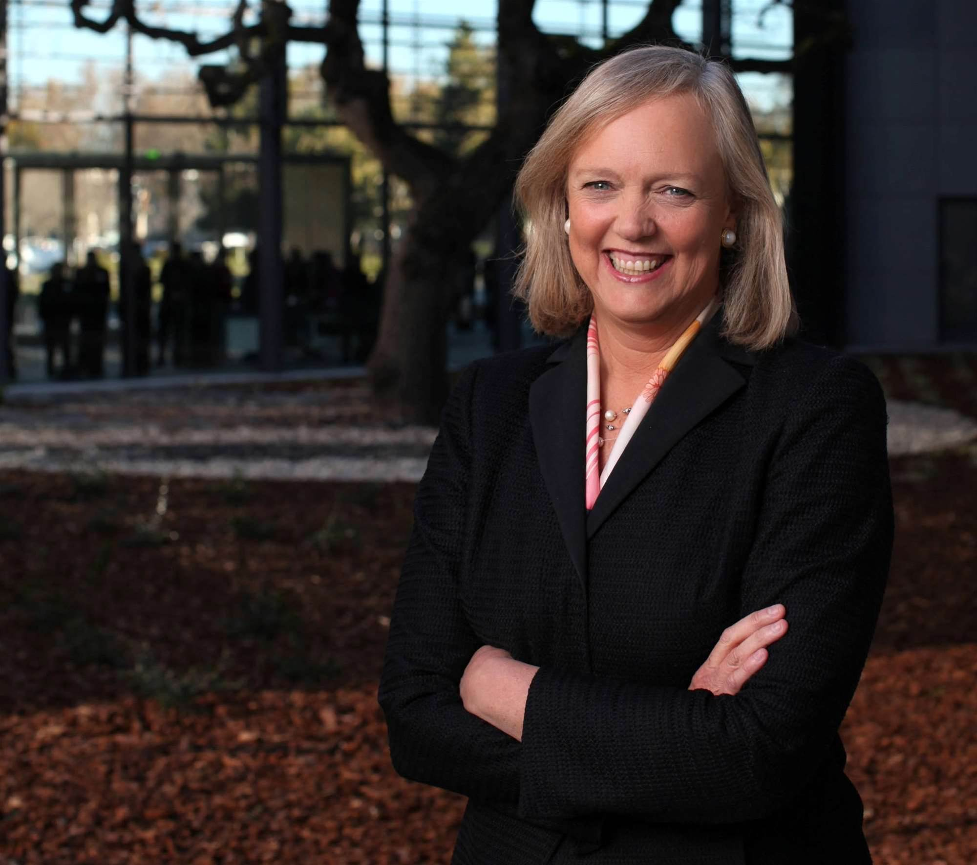 HP to split into two public companies