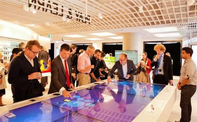 Telstra taps Microsoft partner to overhaul 370 stores