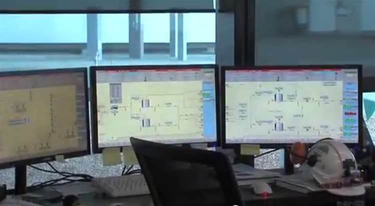 Video: Inside Victoria's desalination plant control centre