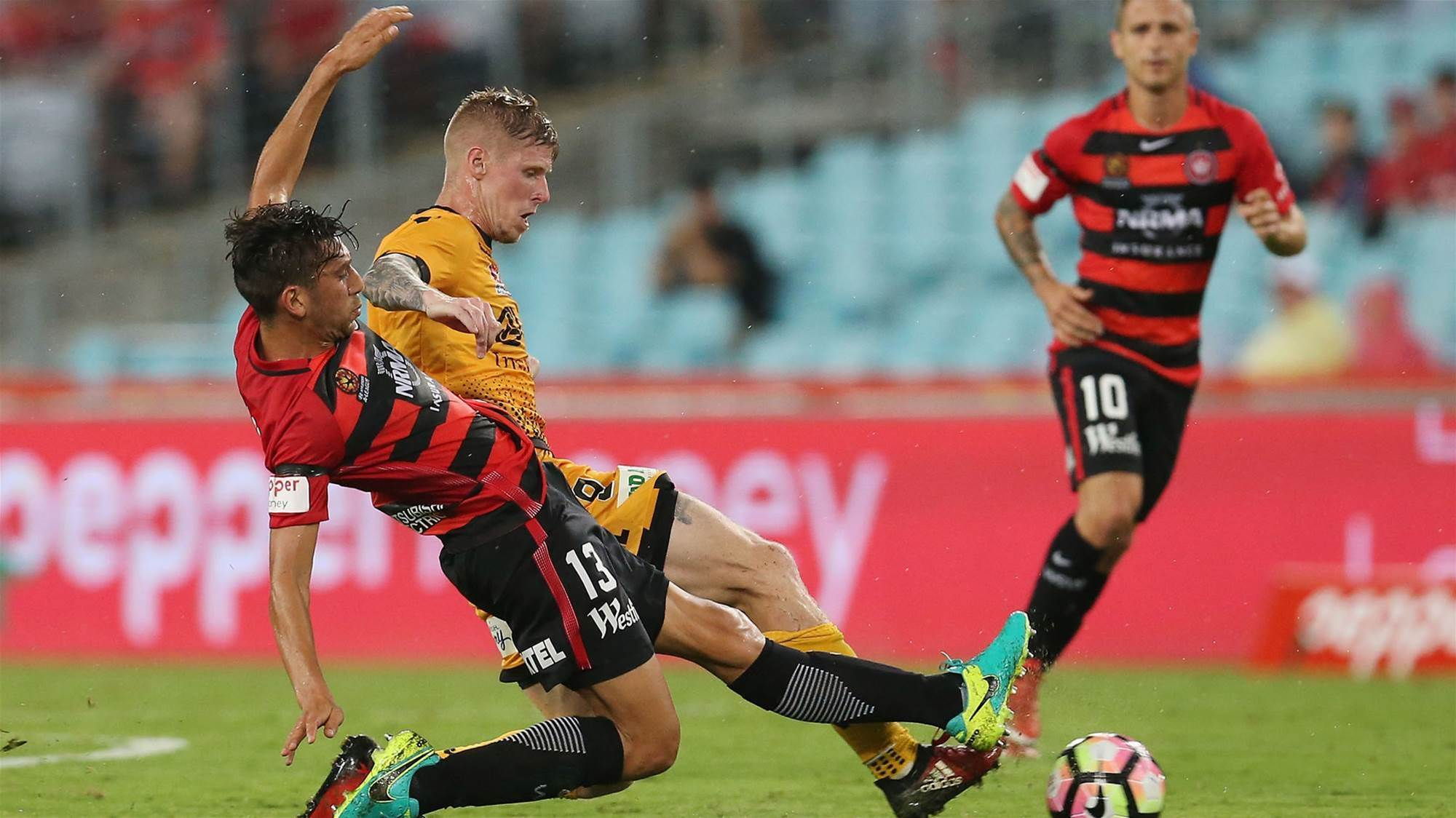 Draw kings Wanderers in Glory stalemate