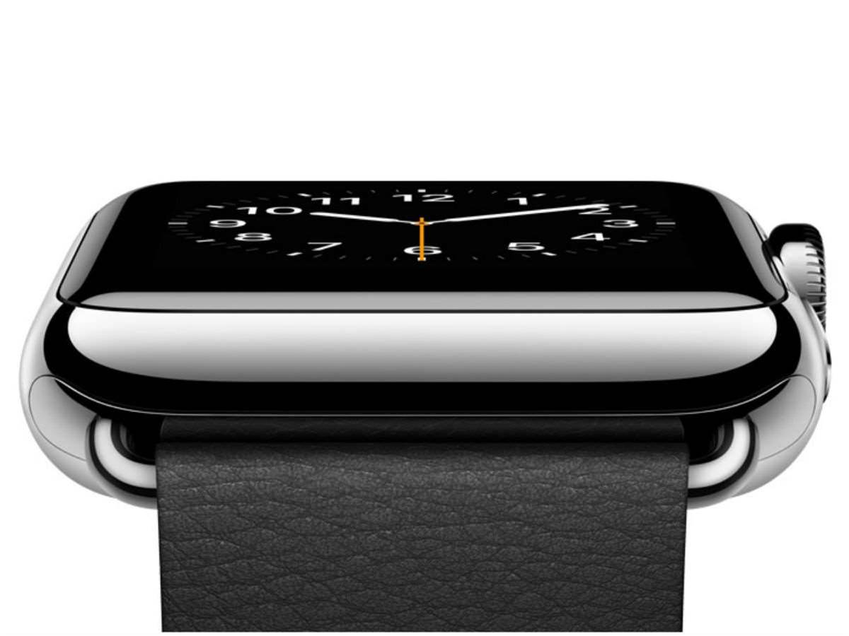 First Apple Watch software update boosts app performance and fitness tracking
