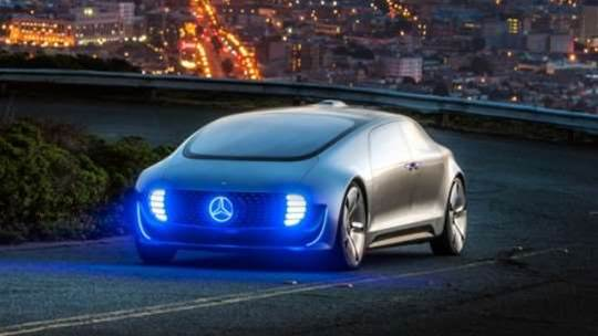 Mercedes autonomous cars will protect occupants before pedestrians