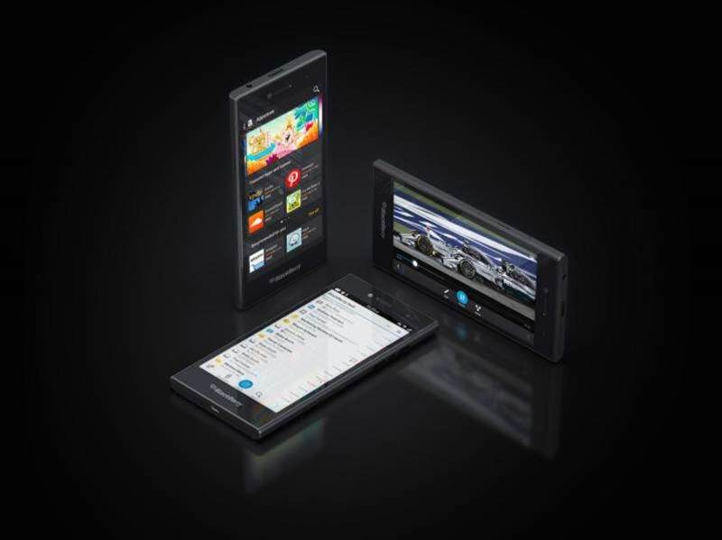 BlackBerry parties like it's 2012 with the all-touch Leap