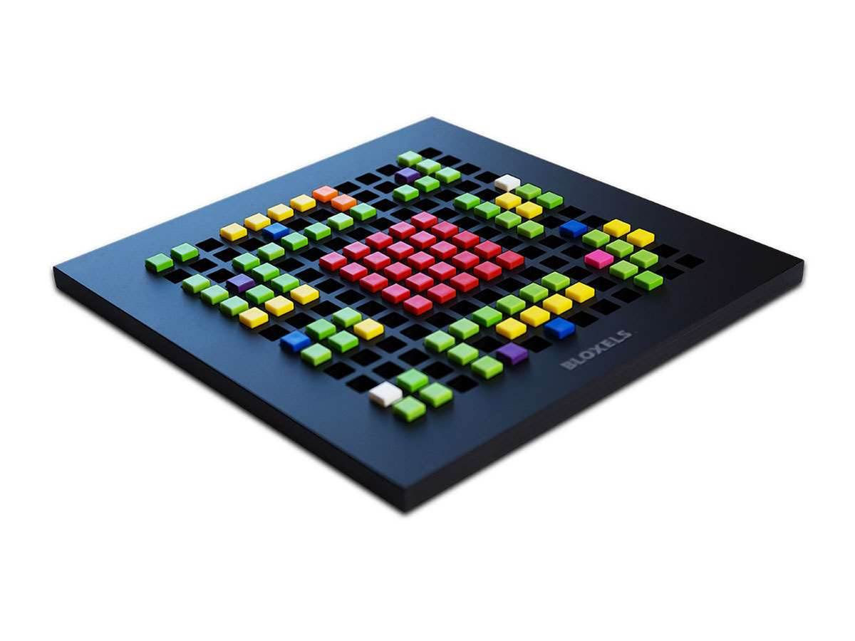 Game design meets Lego: introducing Bloxels