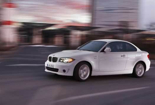 BMW teams up with Intel, Mobileye for driverless car tech