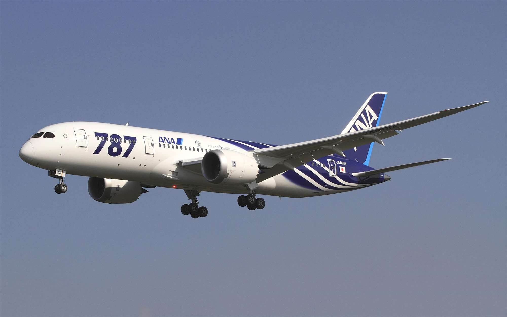 Critical software bug could down Boeing 787s mid-flight