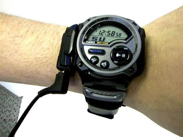 Retro tech: Casio WMP1 Wrist Audio Player (2000)