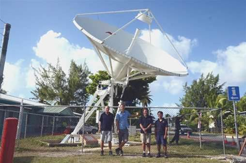 Telstra replaces rusting Cocos Islands antenna