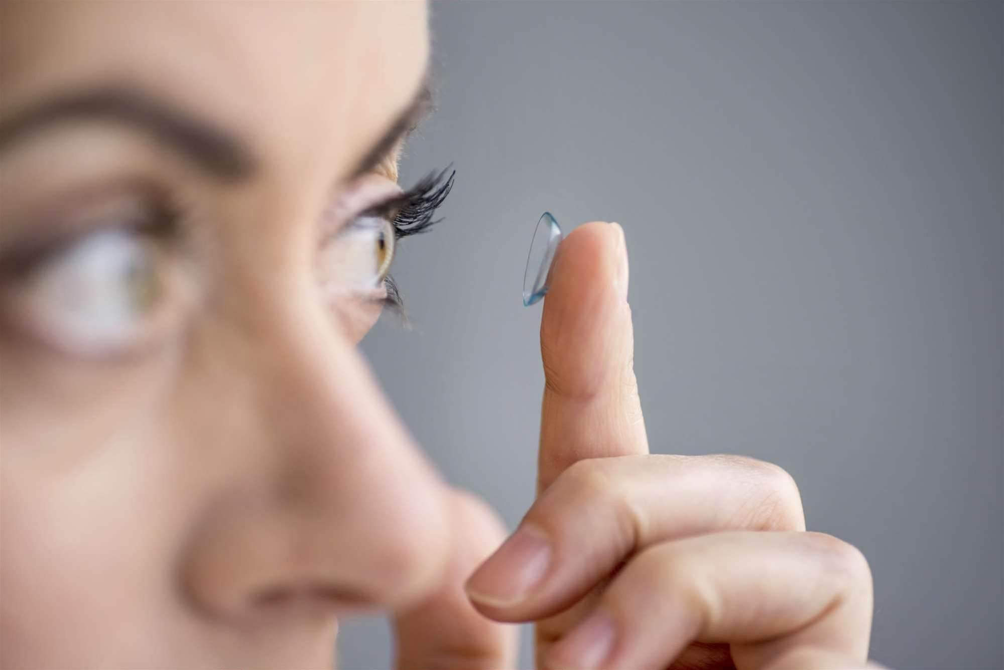 Google, Novartis design smart contact lens