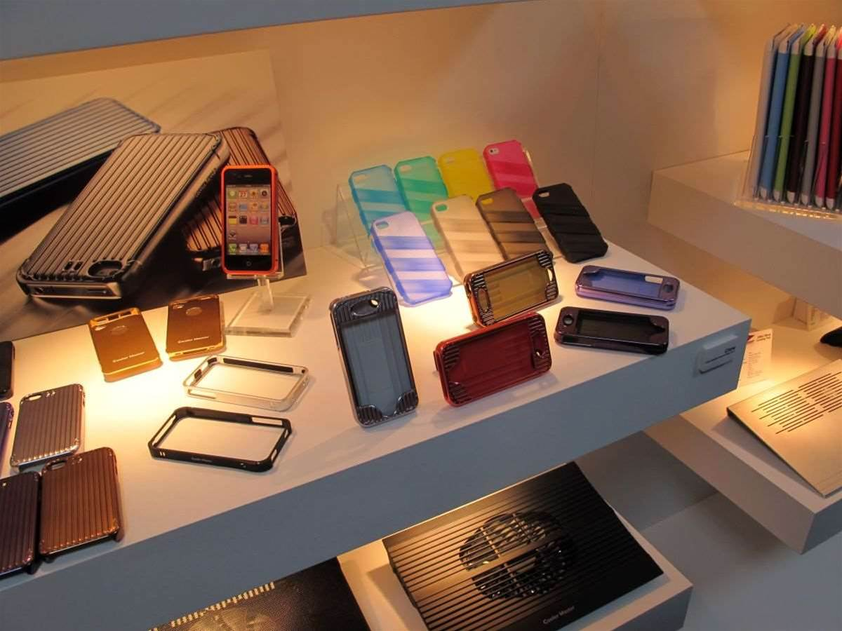 Case manufacturers go mobile at Computex