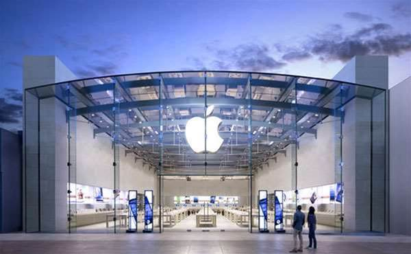 Apple faces class-action by employees over bag searches