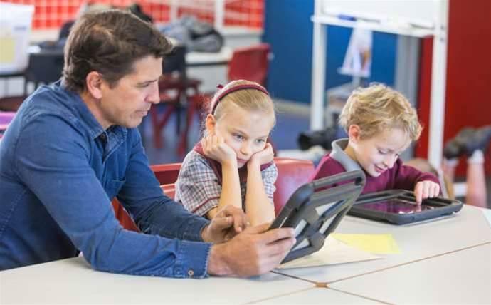Vic Education pours $500m into new schools IT panel