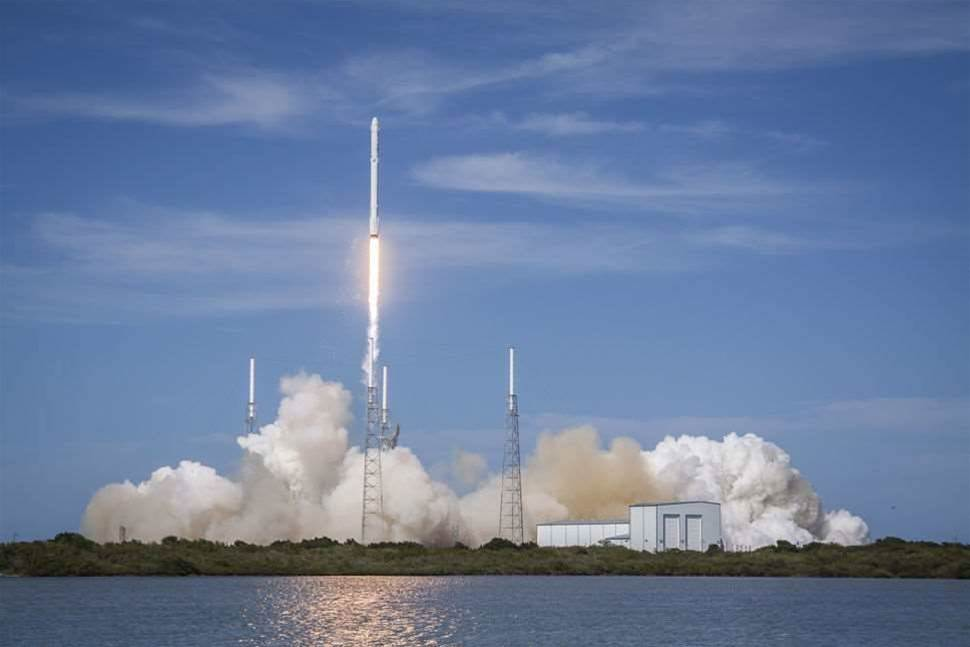 SpaceX Can Now Carry Air Force Satellites Into Space