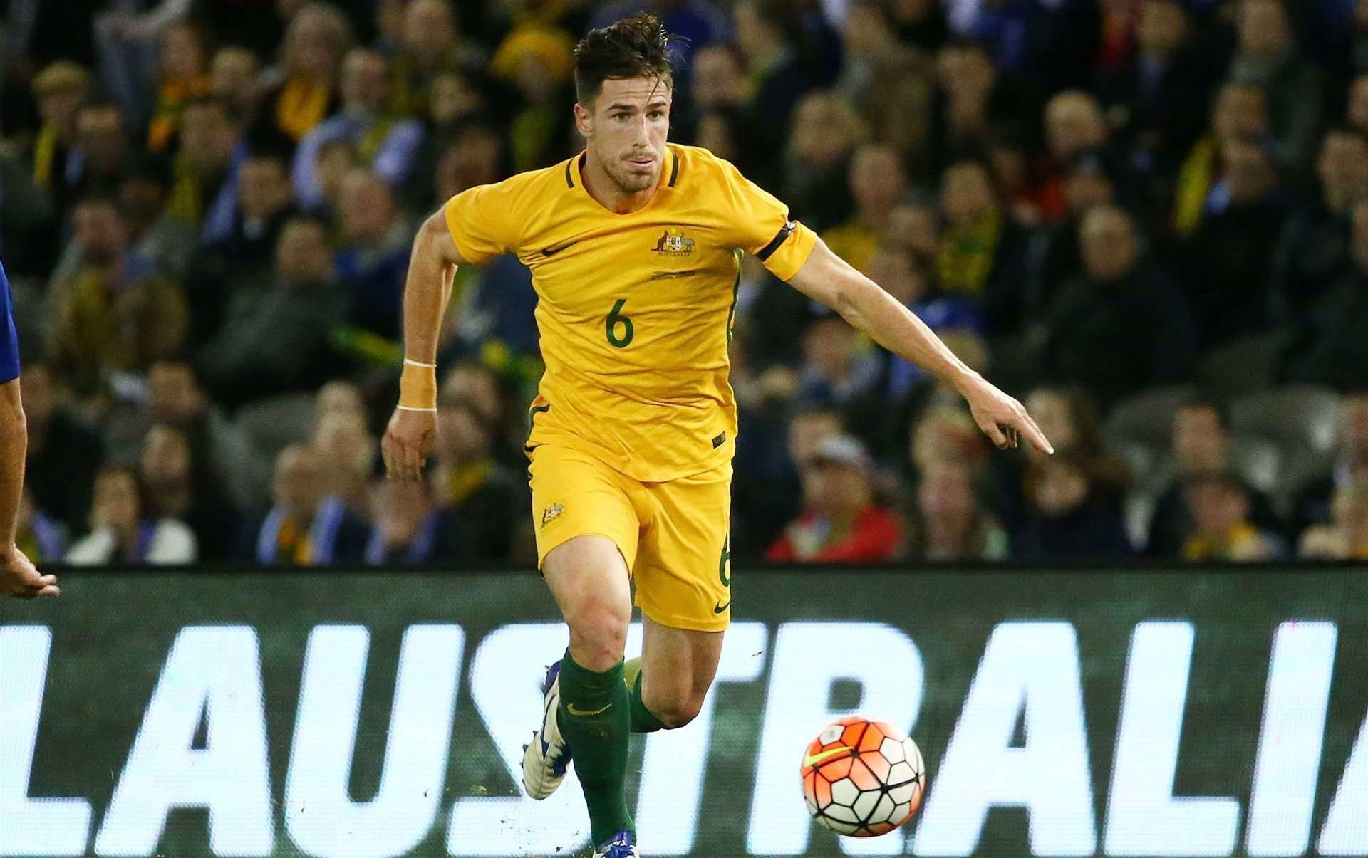 Degenek's Roos right-back chance