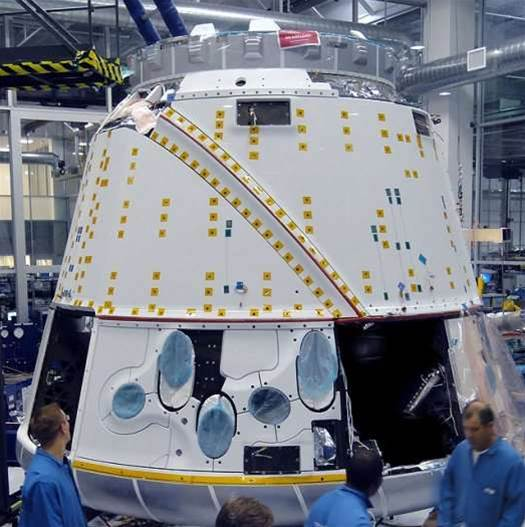 SpaceX Will Launch Dragon Capsule In November, Bound for the International Space Station