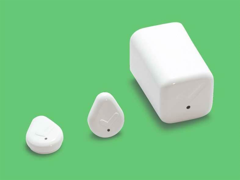 Droplet is a tiny smart button that might finally get you to floss