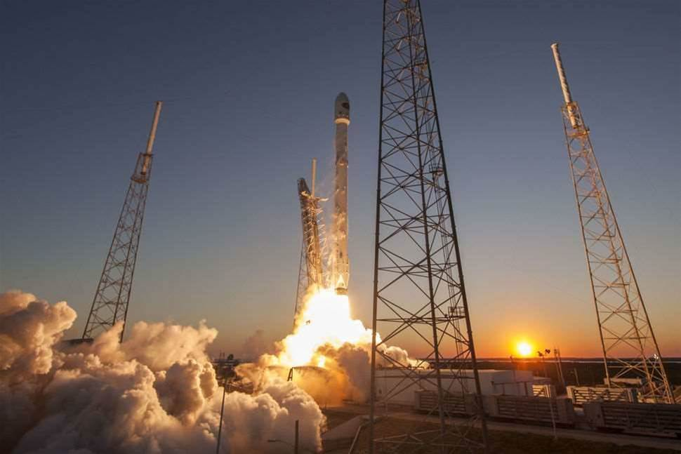 Watch SpaceX's Epic Landing Attempt Right Here On Sunday