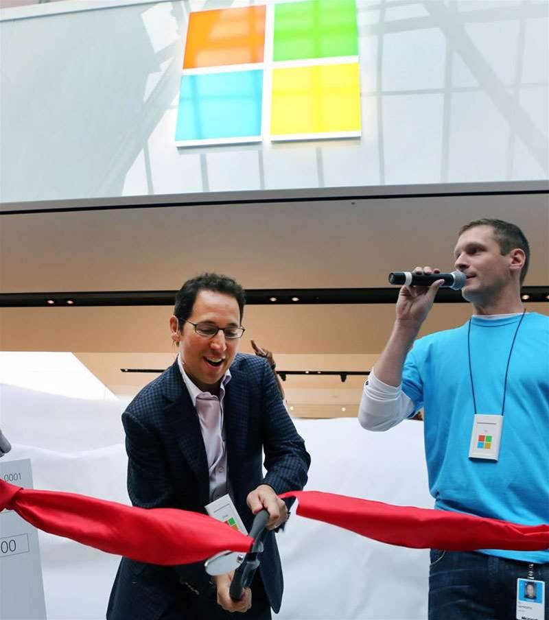Microsoft overhauls 25-year-old logo