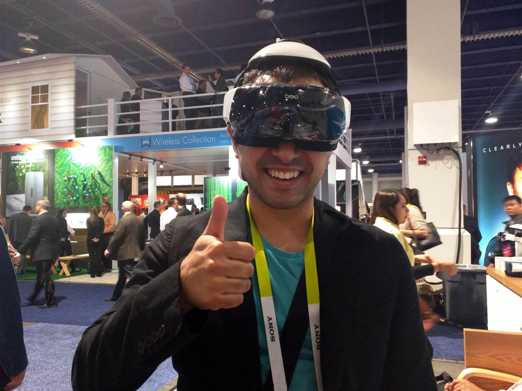 CES 2015: This Robotic Head and Eye Massager Is As Awkward As It Sounds